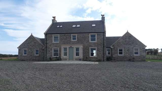 is delighted to offer a comfortable and spacious holiday house with accommodation for 18+ MARL HOUSE, Claymoddie, Whithorn DG8 8LX Well equipped for gatherings of friends and family, the house has