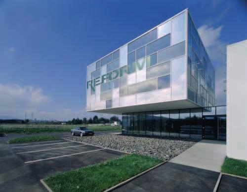 25 25 REFORM WINDOWS FACTORY Location: Steyr, Austria Architects: Hertl.