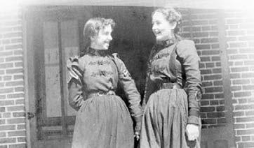 1898. Two students from preparatory class pose on the porch of East Cottage in what Charles P. Richmond termed bicycle costumes. Ainslie E. Schultz MANAGEMENT Linda L. Price, Ph.D.