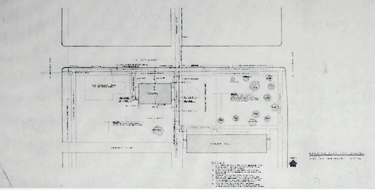 OPEN PLAN AS EVENT SPACE 6.7 Site plan of Robert F. Carr Memorial Chapel final design (left), and iit campus in its urban context (opposite page), by the year 1952.