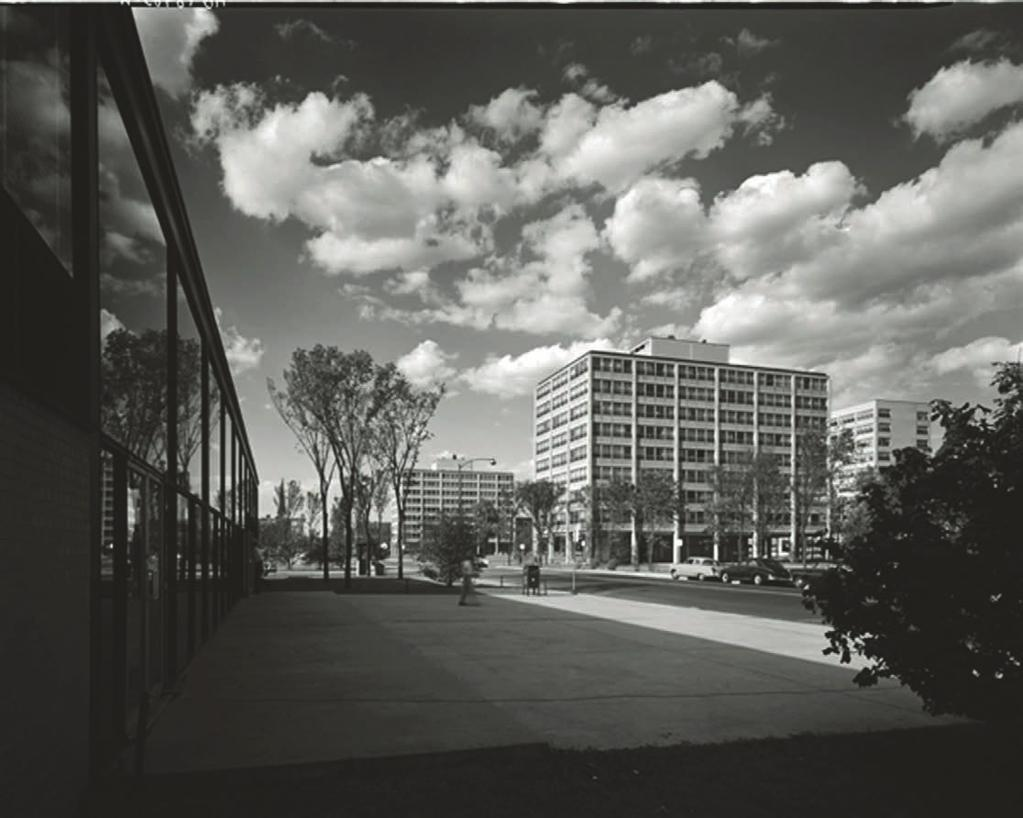 REDEVELOPMENT: OPENING A SPACE FOR CRITICAL CONSTRUCTION 6.29 iit campus residential area beyond State St., 1956.