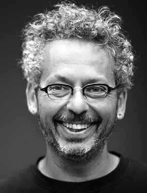 Honorary Degree Recipient Ari Weinzweig Ari Weinzweig, an inventive food historian, food and business writer, and University of Michigan alumnus, is co-founder and co-chief executive officer of