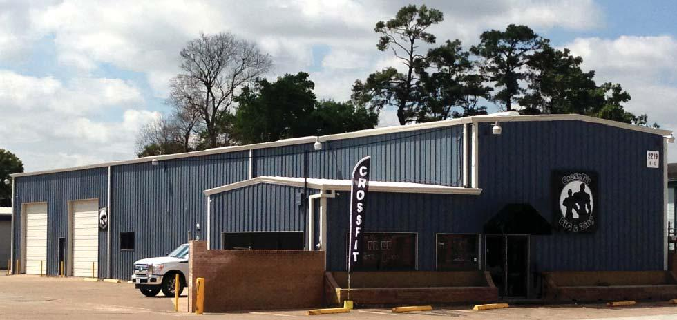 West 34th Street Complex 2217-2221 West 34th Street Houston, Texas 77018 OFFICE / WAREHOUSE FOR LEASE in Northwest Houston Property Features: Frontage on West 34th Street in Garden Oaks 20 ceiling
