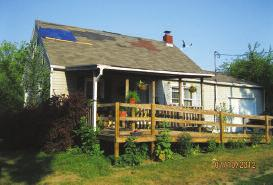 - $39,900 Cozy little home is seeking a new owner.