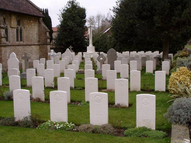 Commonwealth War Graves Commission Headstones The Defence Department, in 1920/21, contacted the next of kin of the deceased World War 1 soldiers to see if they wanted to include a personal