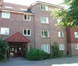 Within 1/2 mile of local shops. Unrestricted 1 bed sheltered flat ref no: 993 Elwyn Jones Court, South Woodlands, Brighton, BN1 8WU. Rent 71.85 per week 29.39 weekly service charge 0.