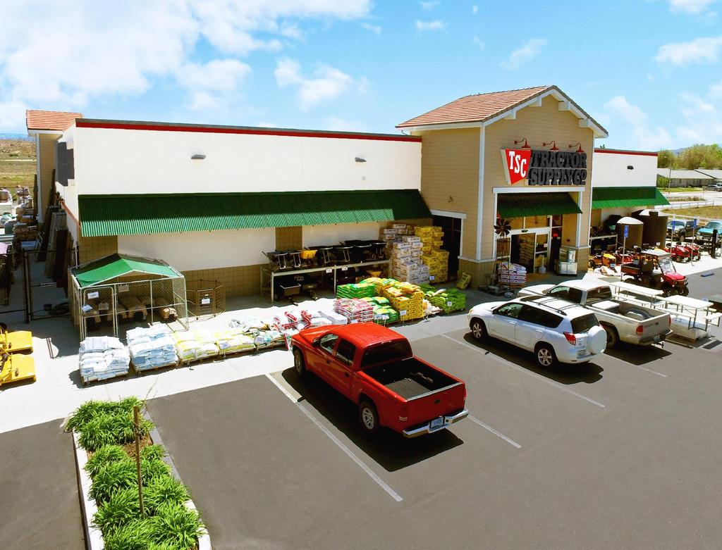 EXECUTIVE SUMMARY TRACTOR SUPPLY COMPANY 480 North Mill Street Tehachapi, CA 93561 OFFERING SUMMARY Offering Price $5,140,000 Gross Leasable Area (GLA) 19,031 SF Price/SF (GLA) $270.
