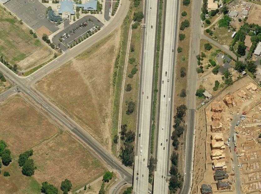 PROPERTY OVERVIEW LOCATION Corner of Rock Springs Road and Deodar Road, West of I-15, Escondido, CA Excellent visibility to the I-15.