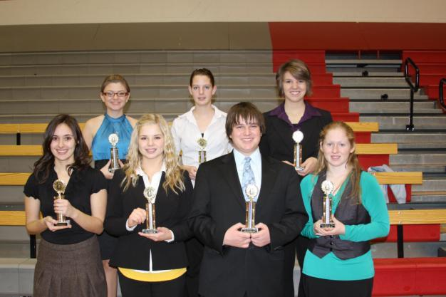 "Class ""B"" Serious Plays Superiors: (Front l to r) Brittany Braun, Langford; Baylee Obermeier, Clark; Dathan Rappana, Montrose; Holly Pommier, Florence; (Back) Alyssa Massella, Wessington Springs;"