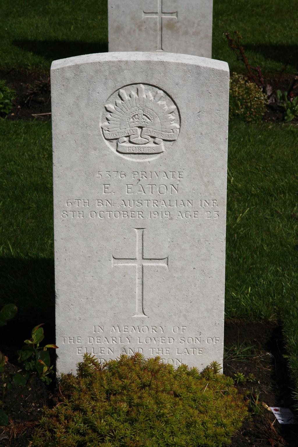 Photo of Pte E. Eaton s Headstone in St.