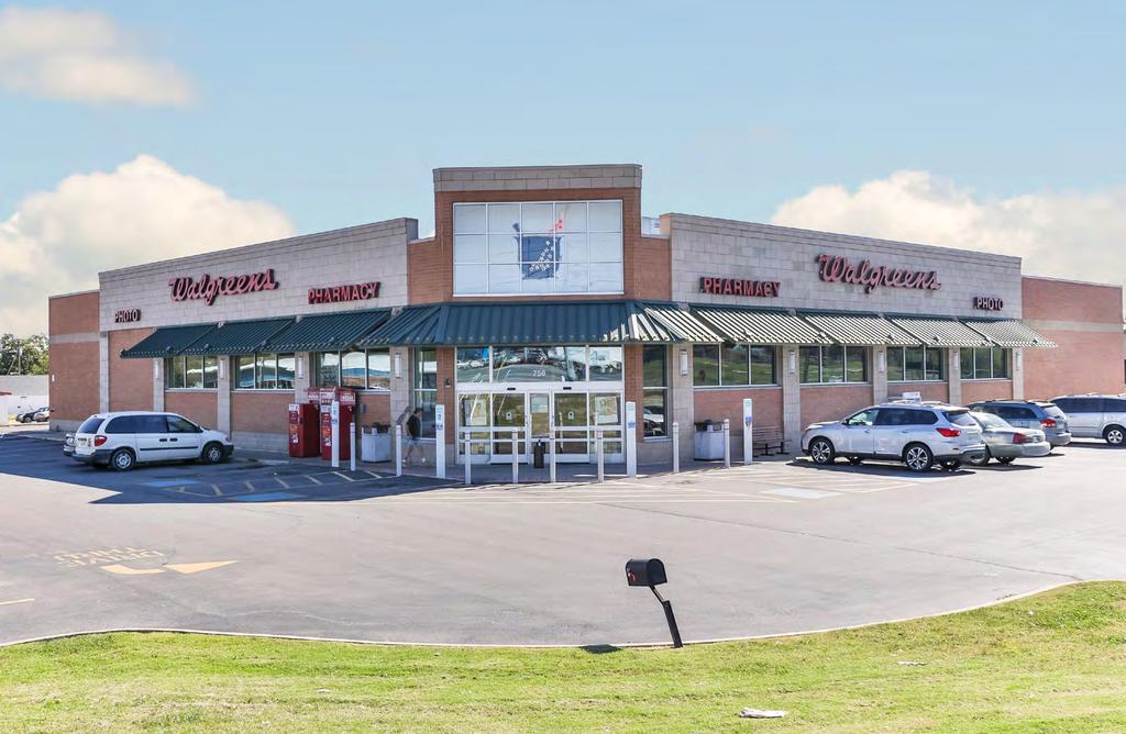 WALGREENS OFFERING MEMORANDUM FILE PHOTO Buyer must verify the information and bears all risk for