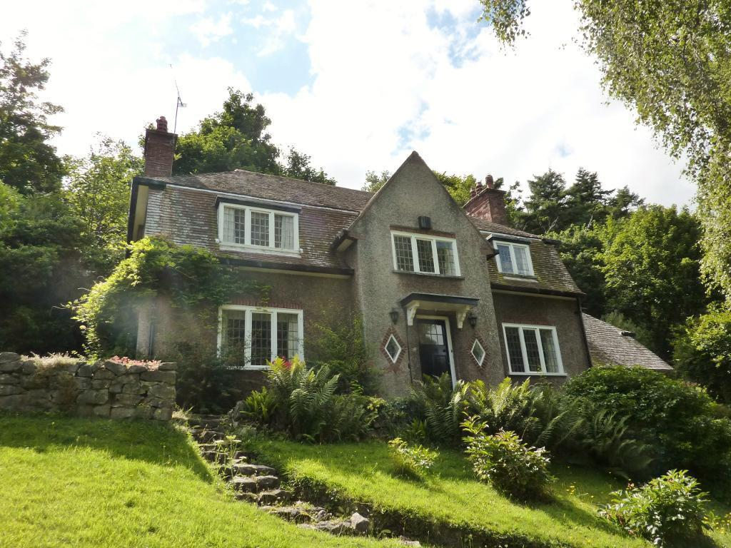 The property offers a characterful family home with many original features which include the original leaded glass windows, fireplace and a feature staircase.