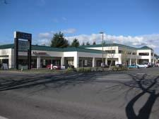 Plaza by the Green 24437 Russell Road Kent, WA 98032 Total SF: 3,624 Suite 106 1,524 RSF Retail - Open layout, high ceiling Suite 108 2,100 RSF Retail - Former salon space Suites 106-108 3,624 RSF