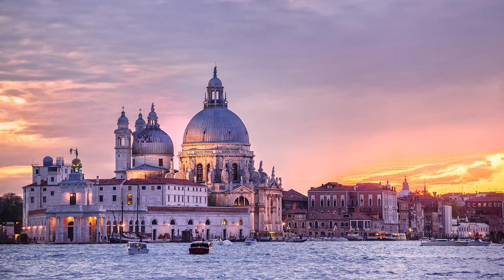 Mass Conference 2018 About Toronto Venue: Venice, Italy Venice, the capital of the Veneto located in the north-east of Italy on numerous small islands in the Venetian Lagoon.
