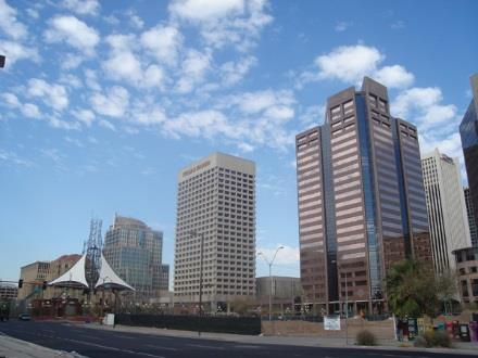 Phoenix Phoenix on pace to surpass 2. million square feet of absorption for the fourth year in a row Average asking rents are up 5.3 percent from one year ago, but are still 6.