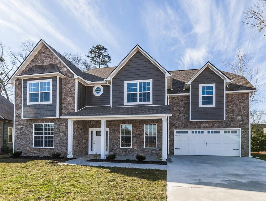 The Highlands $389,900 4 bedrooms 3 Baths Main Level Guest Bedroom Bonus Room Square Feet: 3,019 F.P.