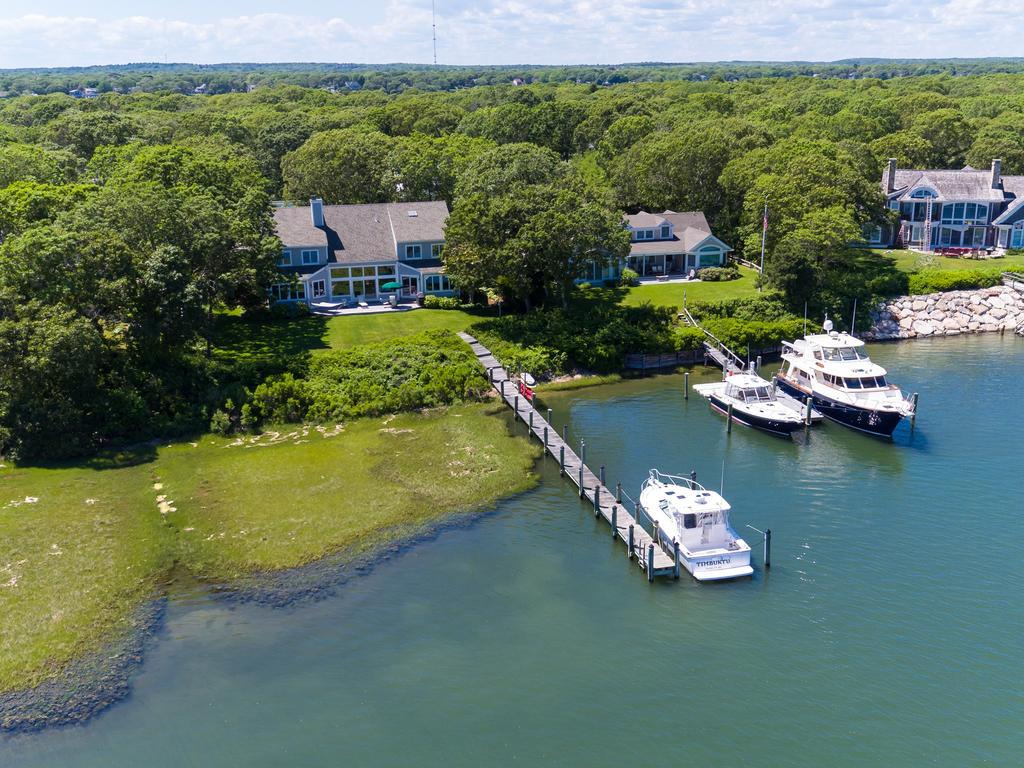 34 Bridge Street, East Falmouth, MA Price: Rooms: Bedrooms: Bathrooms: Living Area: Assessment: Acres: Year Built: Heating: Water: Sewer: Taxes: $ 3,195,000 8 4 5 4,563 $ 2,288,300 / 2017 0.