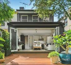 SYDNEY 354 Arden St, Coogee By the end of 2017, Sydney s unprecedented property price growth had moderated. Home values fell 2.1% in the December quarter but ultimately recorded 3.