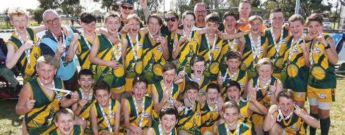 WRFL Annual Report 2017 37 JUNIOR GRAND FINALS UNDER 12 DIVISION 2 TEAM P W L D % PTS Werribee Centrals 13 13 0 0 1037.61 52 Flemington Juniors 13 11 1 1 255.24 46 Point Cook 14 7 5 2 144.