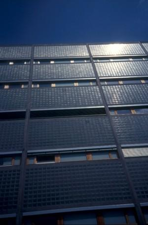 photo: Jeroen Meijer photo: Jeroen Meijer Indigo Limburgplein 5 6221 Maastricht This office building on the south side of the Céramique area in Maastricht lies