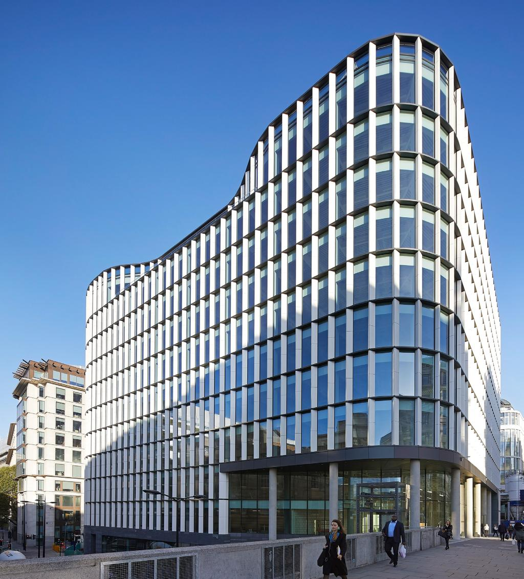 A STUNNING OFFICE WITH SPACE AVAILABLE FROM 10,500 SQ FT Highest central London office specification, including double height feature reception Island site optimises the natural light 1 workspace per