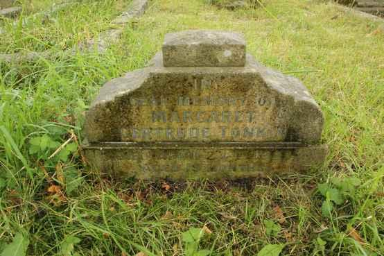 BESSIE TILLY (WIFE OF W J TILLY) DIED 1