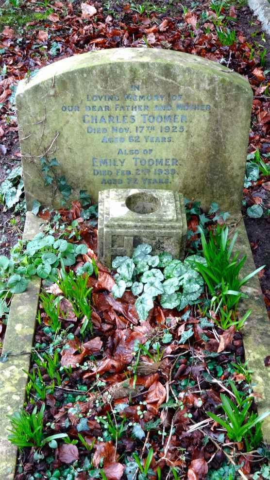 CHARLES TOOMER DIED 17 TH NOVEMBER 1925