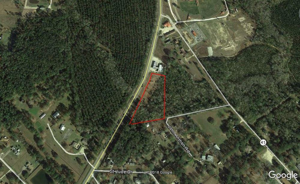 LAND FOR SALE COMMERCIAL LAND IN PEARL RIVER 66170 LA-41, Pearl River, LA 70452 PROPERTY DATA SALE PRICE: $70,000 LOT SIZE: 2.71 Acres PRICE / SF: $0.