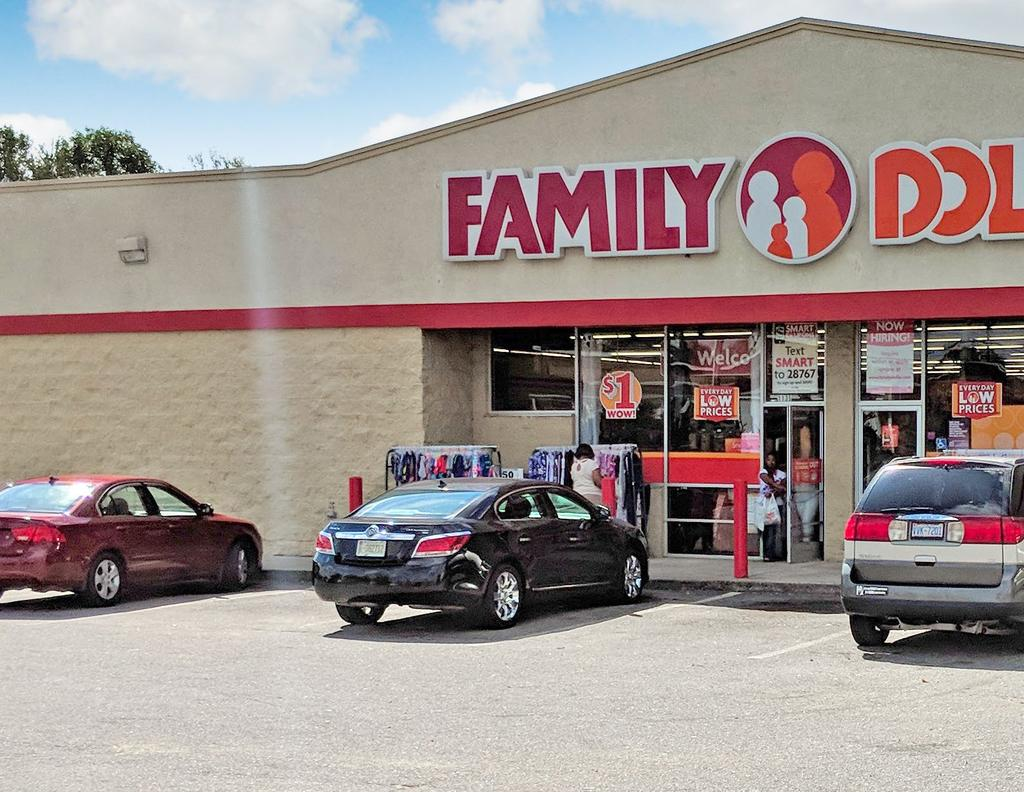 INVESTMENT SUMMARY SRS National Net Lease Group is pleased to present the opportunity to acquire the fee simple interest (land and building ownership) in a Family Dollar property located in