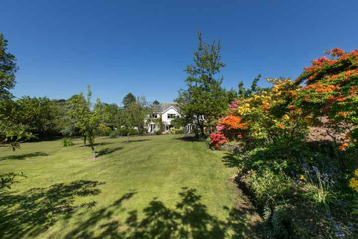 SUMMARY The Orchard a substantial detached family residence dating back to c. 1925 occupying a mature site extending to approximately 1.1 acres.