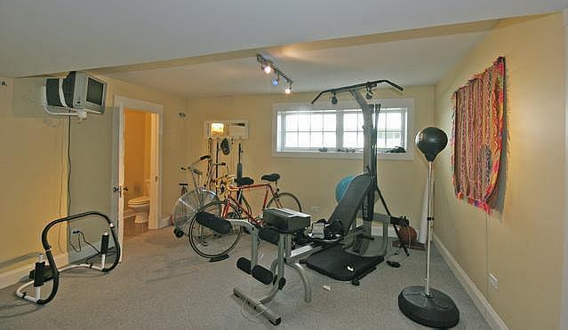Exercise Room - 15 x 14