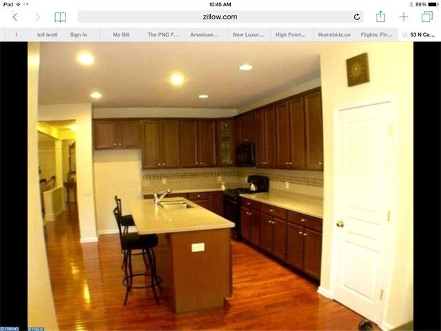 Kitchen: Eat-In Kitchen, Disposal, Dryer, Dishwasher, Microwave, Range, Refrigerator, Washer