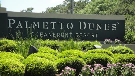 PALMETTO DUNES RESORT The premier Palmetto Dunes Resort area features three miles of white sand beach, three