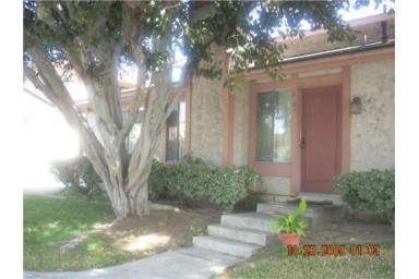 Addr: 3308 Elm Long Beach OP: $214,900 LP: $199,900 SP: $200,000 LD: 01/07/2010 SD: 04/29/2010 YBlt: 1980 M10003929 977 $204.71 766 43 Property Description: This Is A Cozy 2 Story Condominium.