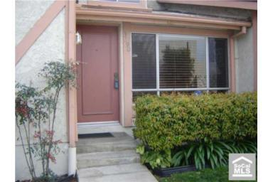 Addr: 3707 Country Club 2, Long Beach OP: $220,000 LP: $220,000 SP: $245,000 LD: 06/24/2009 SD: 04/23/2010 YBlt: 1974 R904054 956 $256.