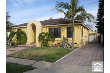 Addr: 4200 Walnut Long Beach OP: $464,000 LP: $464,000 SP: $460,000 LD: 02/01/2010 SD: 04/07/2010 Beds: 4 Bath: 2.00 YBlt: 1943 P720148 1,506 $305.44 5,550 21 Property Description: Great Curb Appeal.