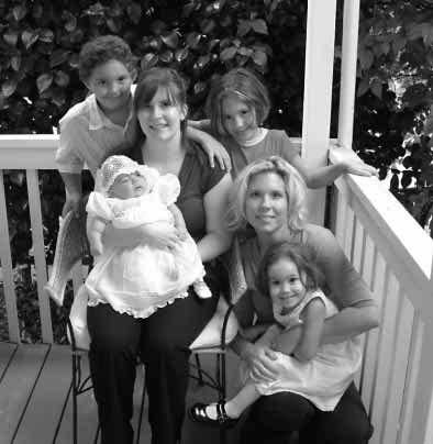 T12/14 Nina Ellen DAVIS born 7/5/1999. Nina lives in St Charles, Illinois with her family. T12/15 Sophia Marie DAVIS born 25/6/2003. Nina lives in St Charles, Illinois with her family. T11/17 Liza Marie Krek and John Mario Massaro s child: T12/16 Isabella Soleil MASSARO born 7/11/2005.