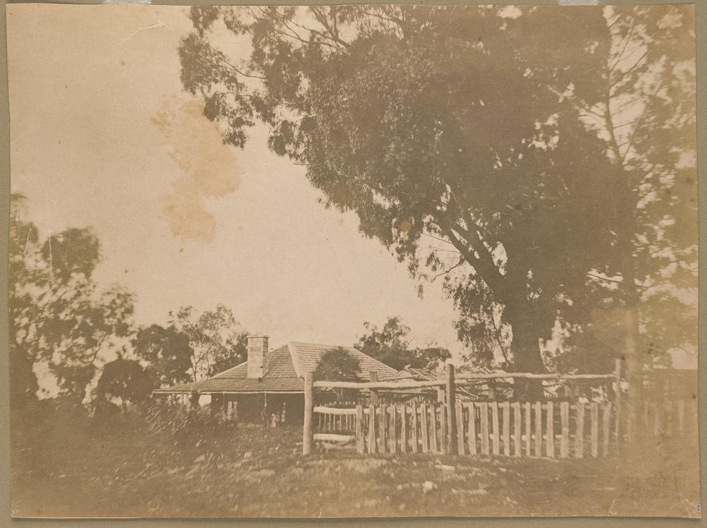 The new House at Fernihurst built by the Scottish Immigrants Most of the group who were employed by Kerr & Neill later moved onto the goldfields, and possibly stayed friends - a Mrs Graham helped